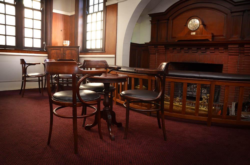 Bar at PE St George's Club